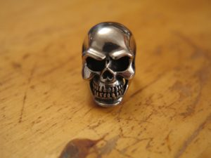 Skull on a ring